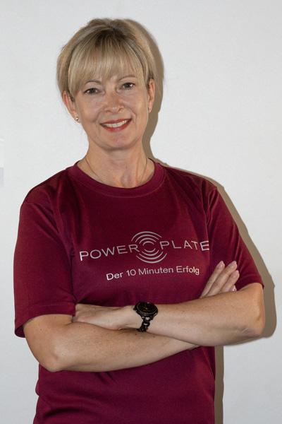 Porträt Ines Fitnesstrainer